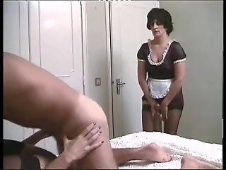 Maid finds her mistresse..